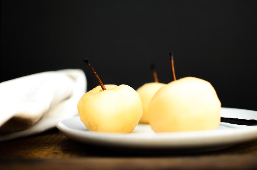 Juste pochées dans un sirop citron-vanille
